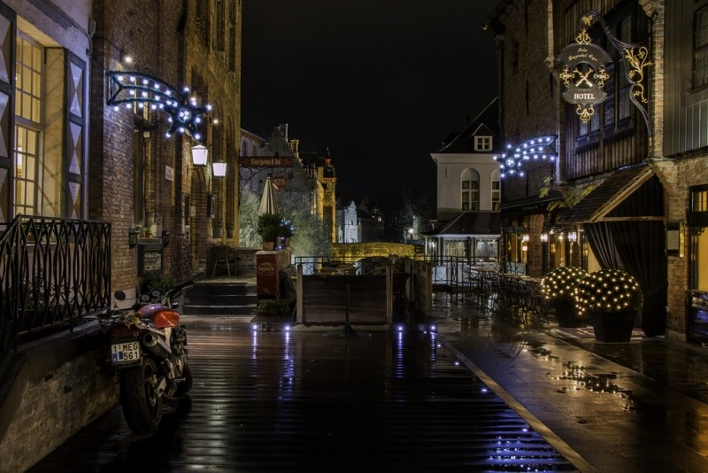 christmas-alley